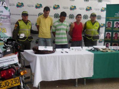 atracan_colegio_detenidos