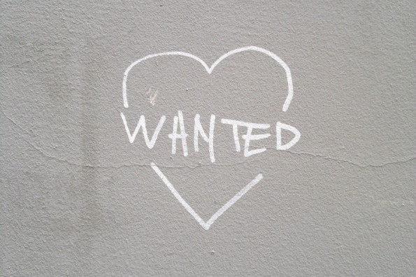web-heart-wall-grey-wanted-pixishared-cc