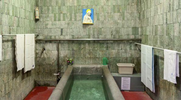 lourdes_piscina_santuario