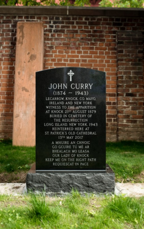 john_curry_lapida