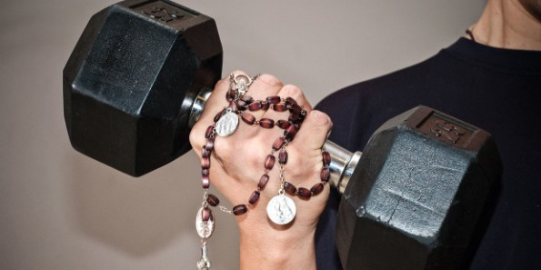 web-rosary-heavy-lifting-curl-michael_swan-cc